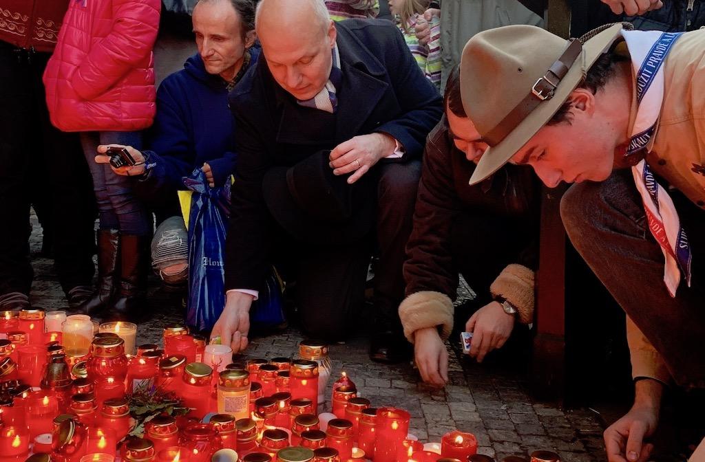 Pavel Fischer na Národní třídě na oslavách 17. listopadu