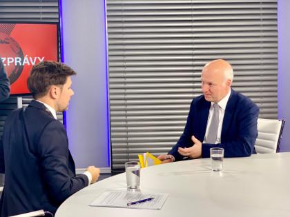 Pavel Fischer hostem pořadu Večerní zprávy TV Seznam 26. listopadu 2018