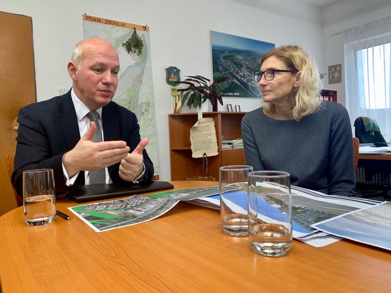 Pavel Fischer na schůzce kvůli policejní budově na Zbraslavi