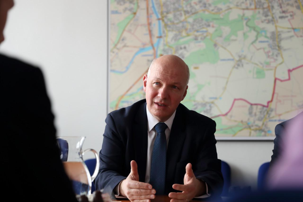 Pavel Fischer na jednání s Radou městské části Praha 12