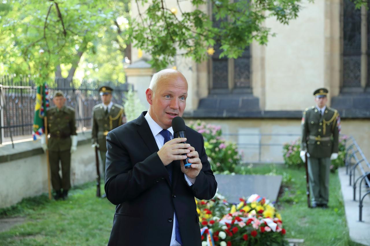 Boj za pravdu a Milada Horáková – projev na Vyšehradském hřbitově