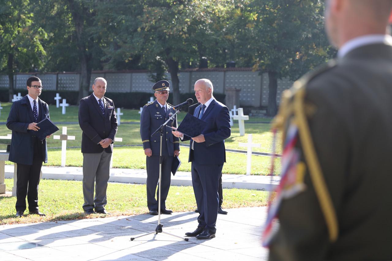 Pavel Fischer uctil památku legionářů z italské fronty I. světové války