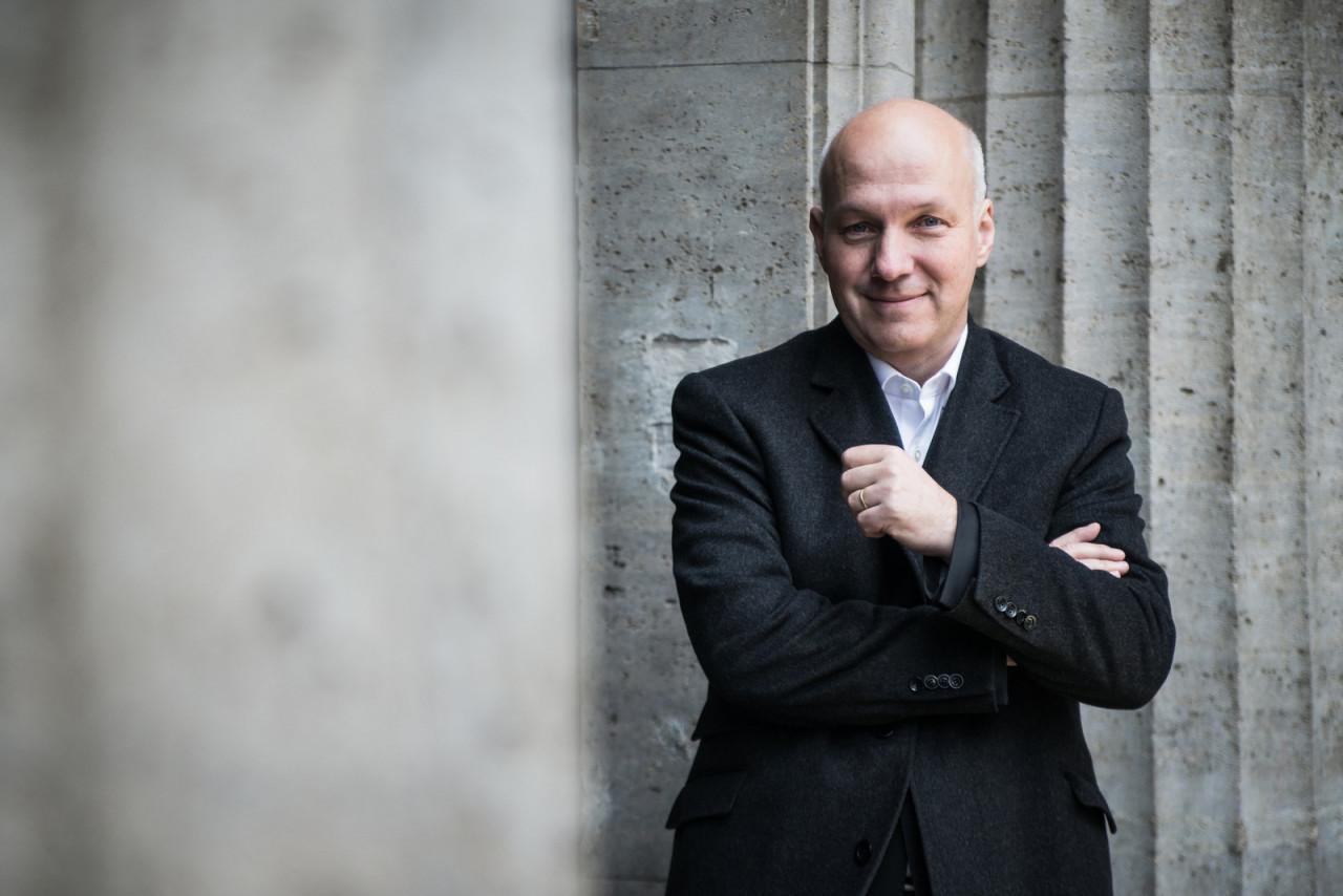 """Pavel Fischer pro portál Investigace.cz: """"Ruská banka"""" v Budapešti: Český zájem v limbu"""
